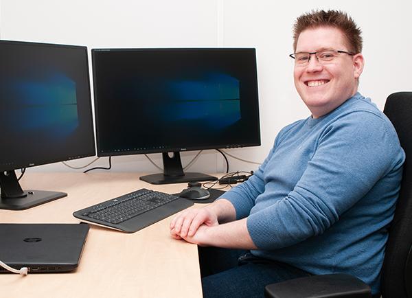 Senior netwerk- en systeembeheerder Arjan